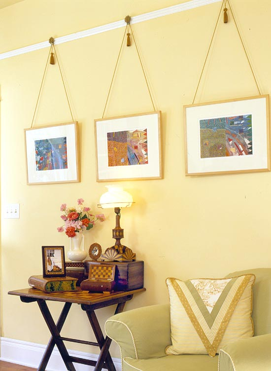 dc_three_hanging_pictures