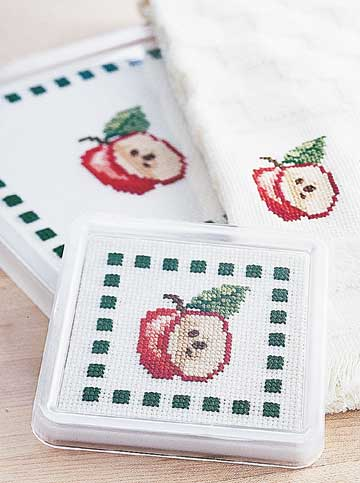 apple trivet coaster and towel