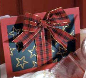 star and plaid bow card
