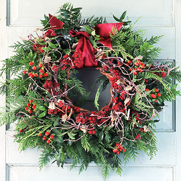 IMWreaths_Pine and Red Berry Wreath On White Door
