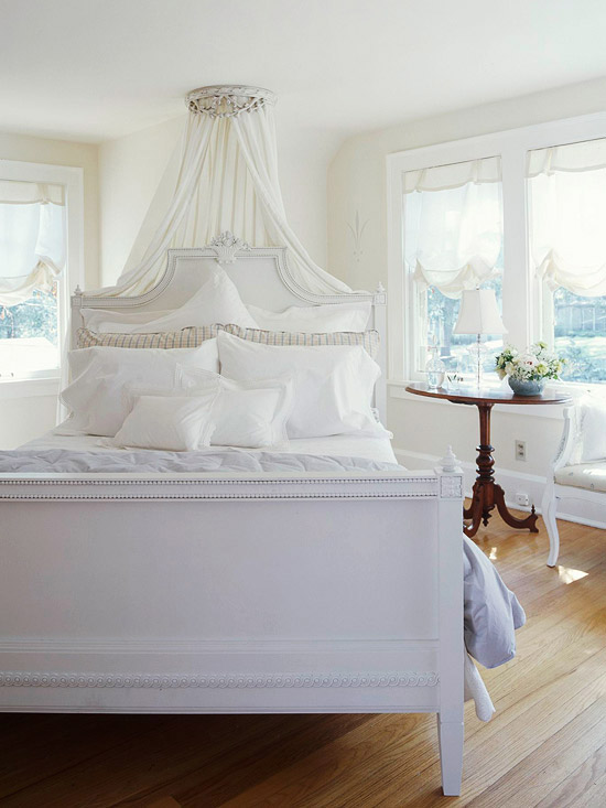 bedroom with Swedish bed
