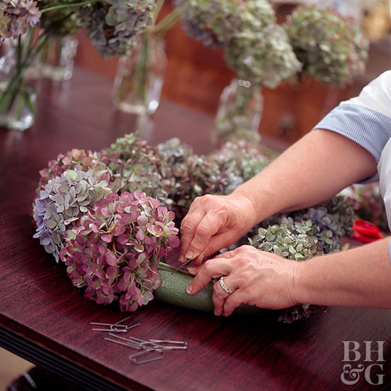 putting together dried Hydrangea centerpiece