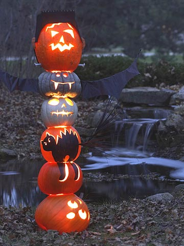 Glowing jack-o-lantern stack