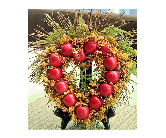 Holiday décor piece apples