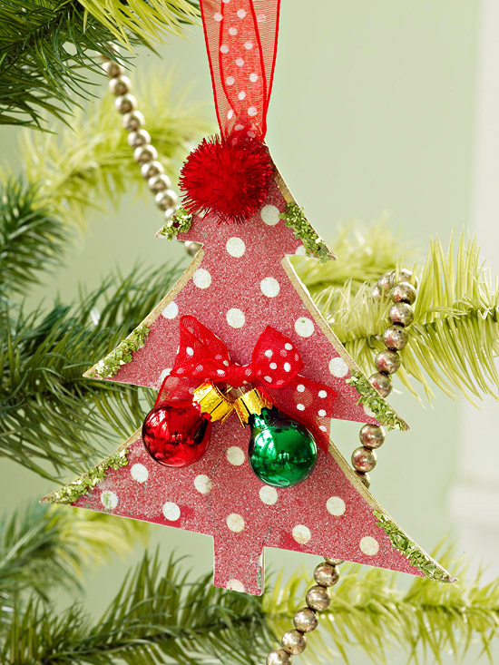 Polka dot ornament