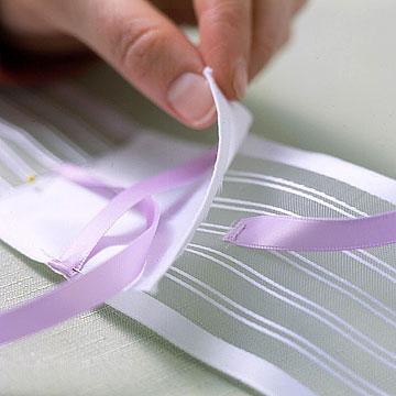 Ribbon placement (Step 4)