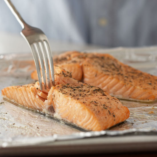 how long do i cook salmon steaks in the oven howsto co