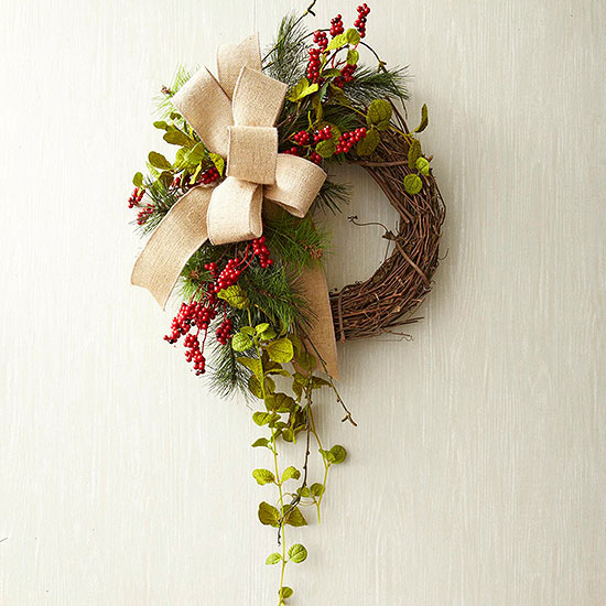 Sideswept Sophistication Wreath Step 5
