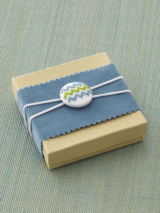 button gift wrap