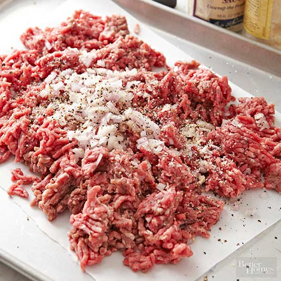 grilled burgers how-to: seasoning beef on tray