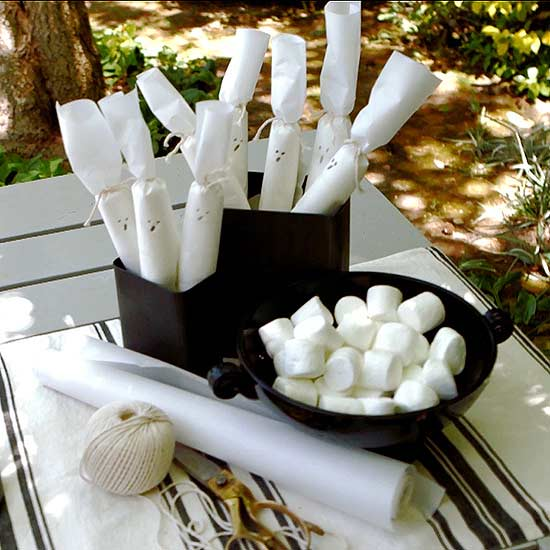 marshmallow ghost party favors