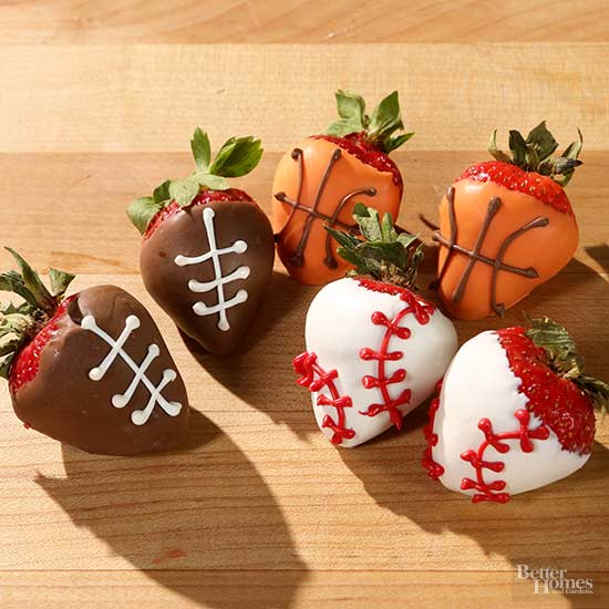 Seriously-Adorable Strawberries-sports