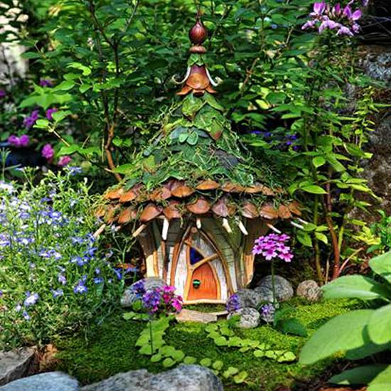 8 natural materials fairy house