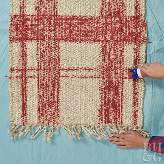 Making horizontal red lines on rug