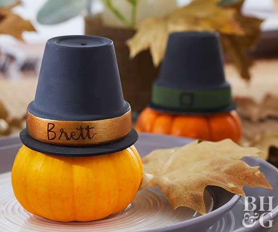 thanksgiving mini pumpkin with hat