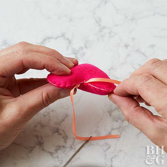 heart ornament diy ribbon