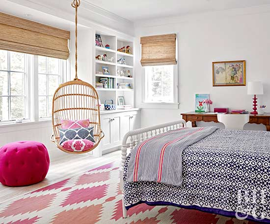 girl's bedroom with blue and pink