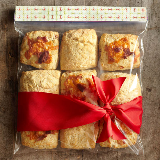 7 easy food gift wrapping ideas better homes gardens for Food gift packaging ideas