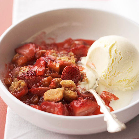Grilled Strawberry Rhubarb Cobbler