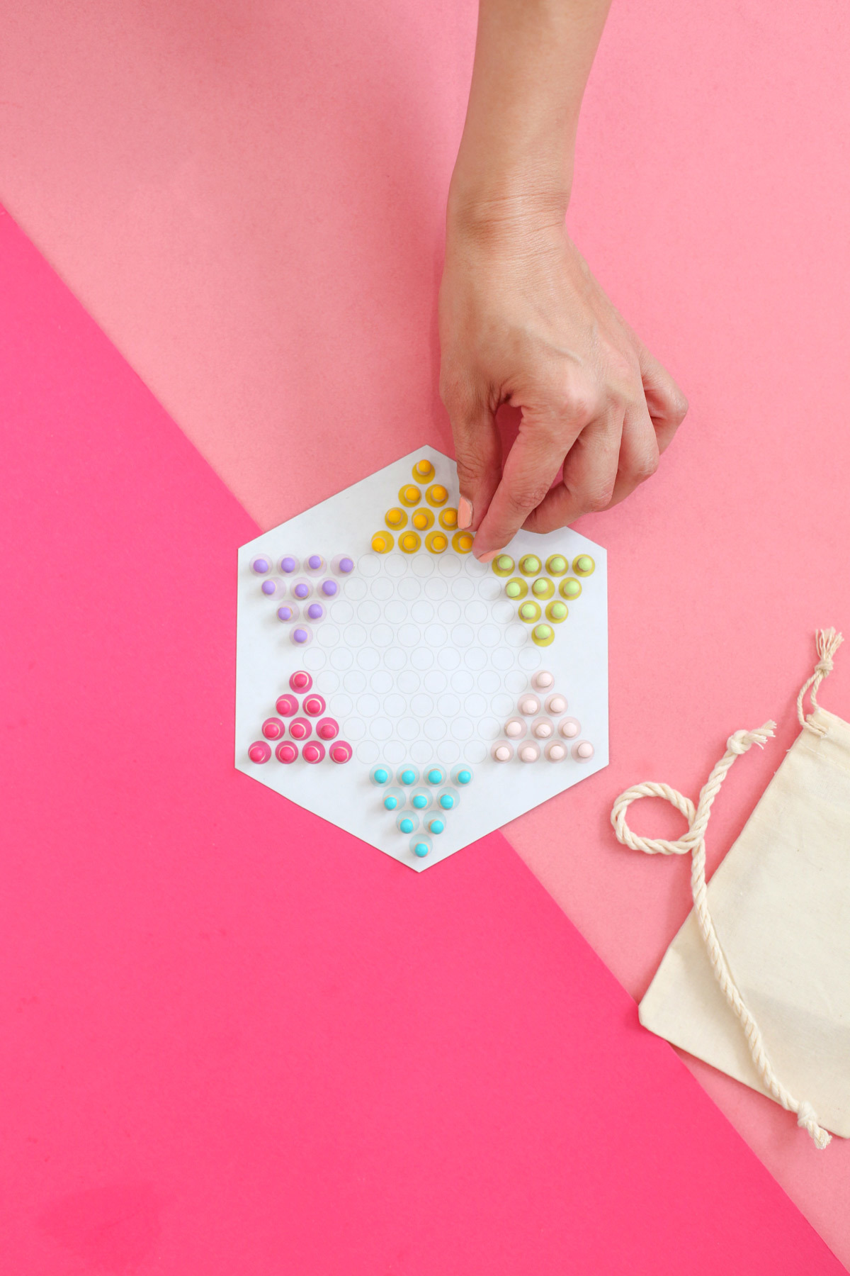 Travel Chinese Checkers game