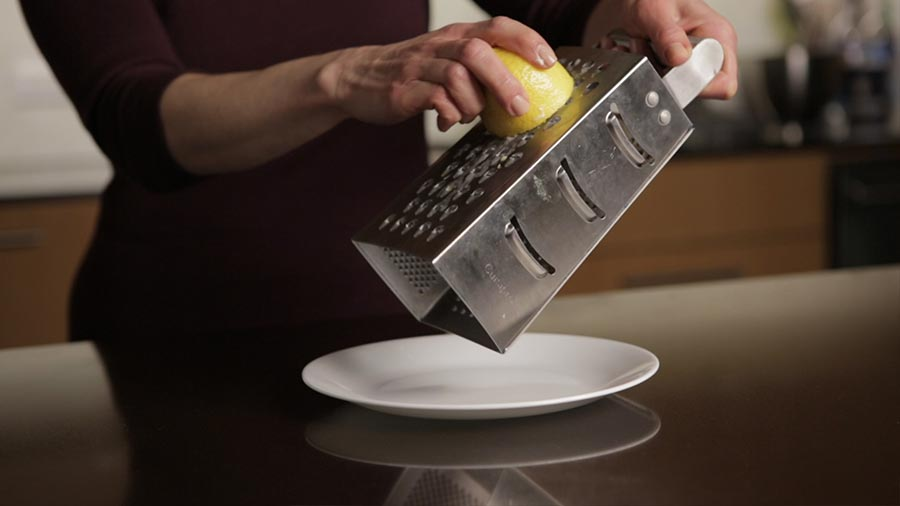 4 Things You've Never Cleaned with a Lemon Wedge (but Should!)