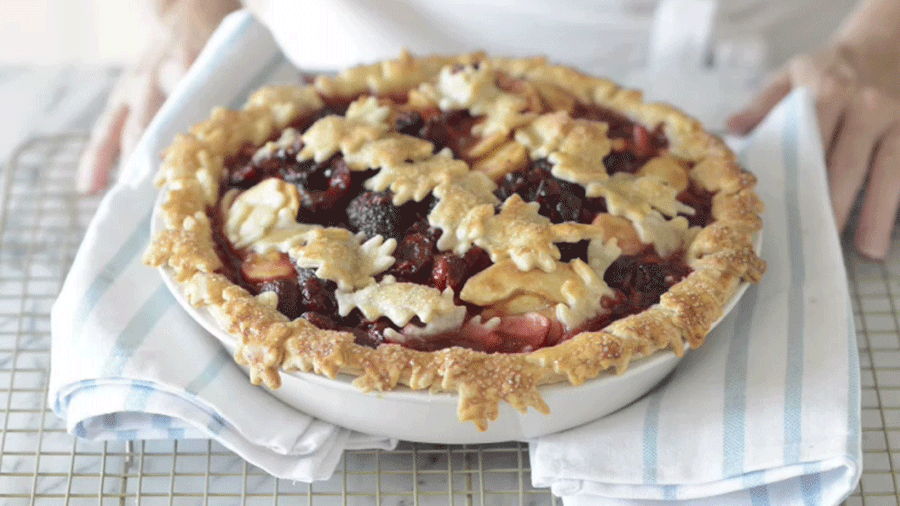How to Make Caramel Apple-Cherry Pie