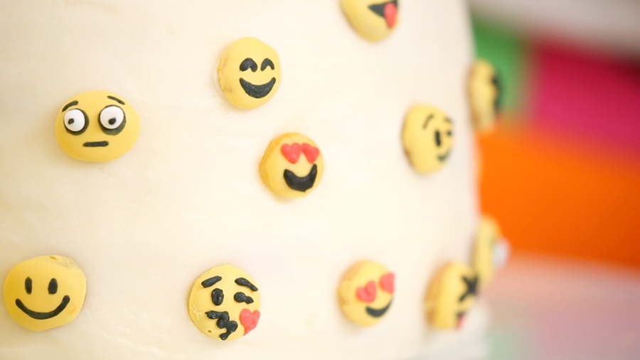 Make it Mini: Emoji Cookies