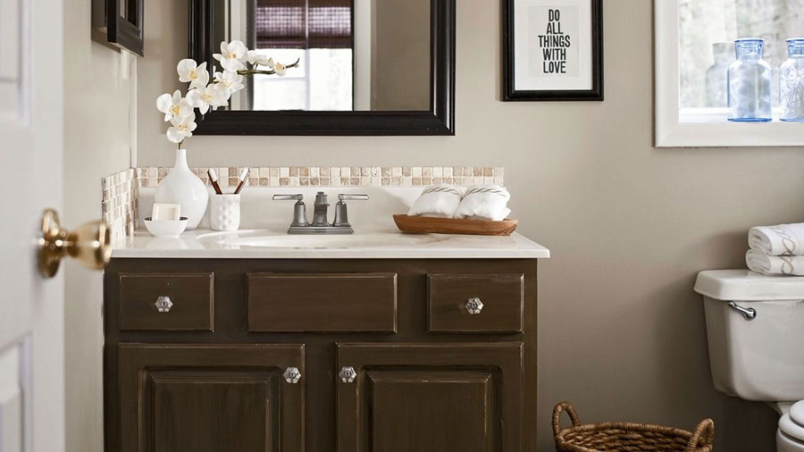 Budget Bathroom Makeover | Better Homes & Gardens
