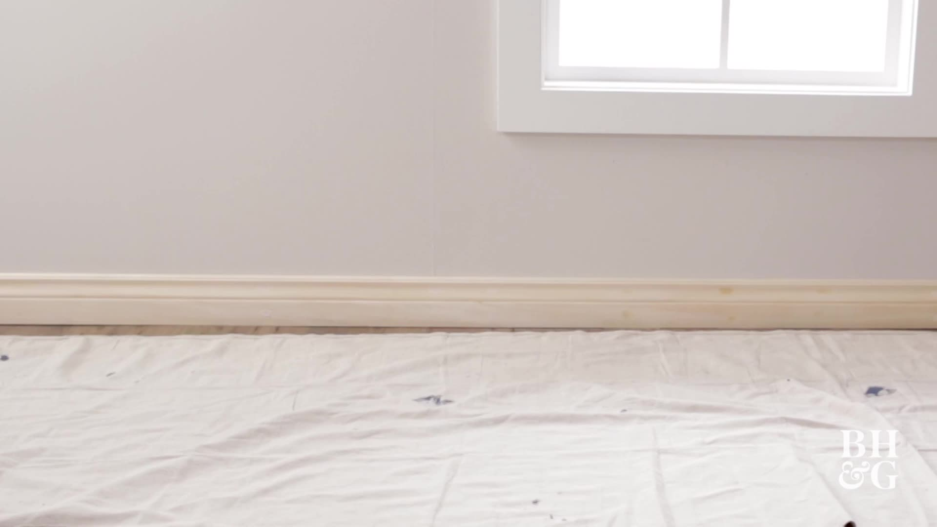 How to Paint Trim // Woodwork